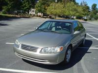 Great Condition 2000 Toyota Camry LE Automatic 2.2L