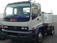 RV Hauler GMC - Medium Duty Hauler - GMC T7500 Cabover,