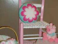 Chair and stool set w/ piggy and pillow..(still working