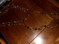 Here is a great vintage necklace looks really nice.