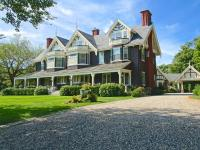 Green Gables - Manor House built in 1906 in a