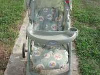 I am selling a green graco stroller with Whinnie the