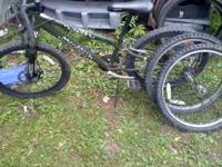 good condition its a 24 inch comes with 2 rims also
