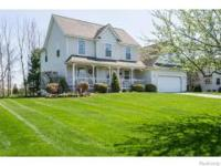 LOVELY 2 STORY COLONIAL 4 BEDROOMS 2 BATHS IN DESIRABLE
