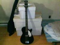 For sale is a Gretsch Electromatic short-scale bass in