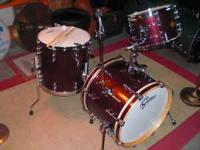 Offered for sale is a 3 piece set of Gretsch New