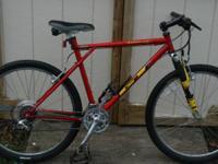 Excellent condition 1998 18 speed GT Mountain bike. Has