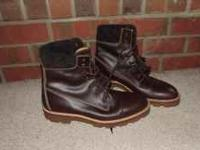 Selling this pair of Gucci boots. The are size 11, and