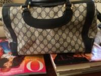 Navy blue classic Gucci handbag. Good condition from