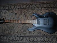 Schecter Diamond Series (Black) Excellent condition.