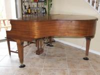 Beautiful Gulbransen piano in great condition. Was