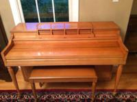 Upright piano , works great in good shape. Comes with