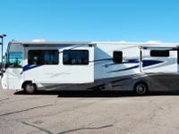 2006 40' Tourmaster Diesel Pusher With 3 Slide-Outs By