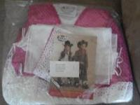 Little girl country singer outfit. Comes with tiara for