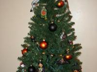 Here is what I am selling:  4' pre-lit tree purchased