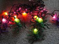 BRAND NEW HALLOWEEN DANGLING SPIDER LIGHTS!A GREAT