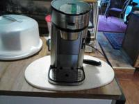 Black & & Stainless Steel single cup coffee Maker. This