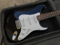 Hammer Slammer Stratocaster  like new condition Plays