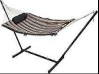 I'm selling a new in box cotton hammock combo by Alpine