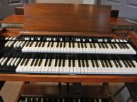Type: Electronic Keyboard Type: Hammond b3 HAMMOND B3