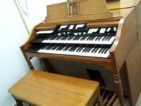 Hammond E-100 console organ, tonewheel generator,