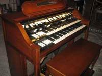 Very Nice Hammond H-133 French Provincial Organ W/