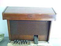 Hammond organ for sale. Good condition. Originally from