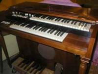 For Sale. This Hammond Electric Organ. I am asking