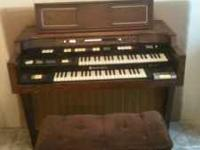 Old Hammond Organ in perfect working shape. 75.00 or
