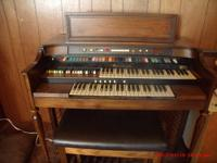 Hammond organ for sale, Works and sounds great. One key