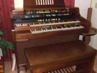 Free Hammond Commodore organ with two keyboards, full