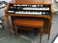 For sale is a Hammond T243 electrical organ. Had the