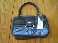 This is a 100% Italian leather handbag by Stefano that