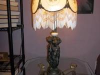 Beautiful Handel style antique lamp for sale. The 3