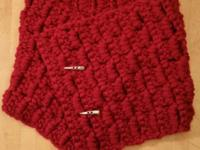 These beautiful crochet button cowls will be a great