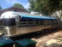 1991 Airstream Classic Excella-34'. Exterior in good