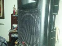Brand new Harbinger 15in speaker system with stand.