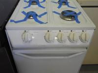 "LOOK AT THIS Avanti 20"" 1 Year. Old Gas Range JUST"