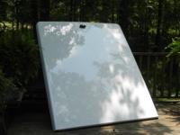 White fiberglass hardcover made by LEER for an S10,