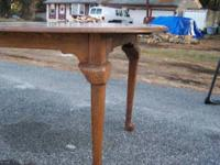 hardwood dinning room table 6'4 with leef 5' without,