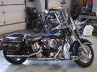 For sale 1998 Harley Davidson Heritage Softail Classic.