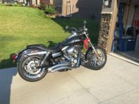 Harley Davidson 2010 Super Glide Custom.