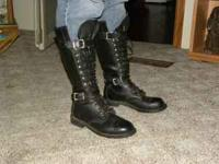 These boots are a size 8 women's and they lace up to
