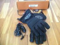 NWT   Harley Davidson gloves heated.  Large  $135obo