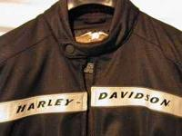Never used Harley Davidson Mens size Lg Asking $100.00