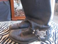 Nice HD riding boots in used condition.  Dimension 10