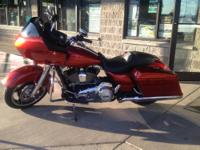 2013 Harley Davidson Road Glide (Yakima) Candy Orange