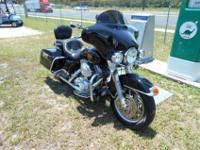 ADULT OWNED and HARLEY DEALER MAINTAINED motorcycle. I