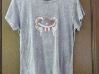 Official Harley Davidson females's tee shirt. Soft gray
