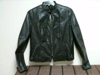 Harley Davidson Ladies Jacket Size Medium  Pre-Owned
